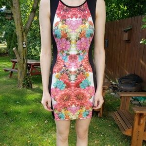 Bodycon Floral Mini Dress With Scooped Back